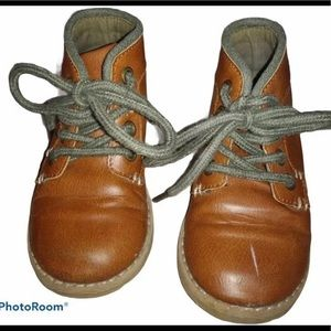 Crazy 8 Boy's Boots Light Brown Size 8 Toddler